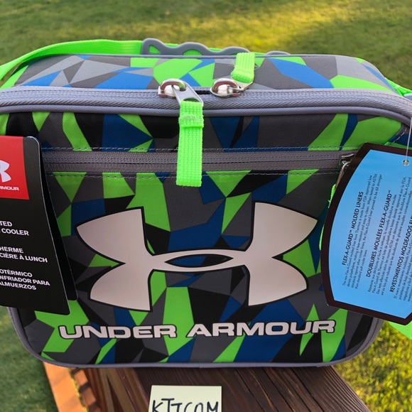 b359cc923bd2 New Under Armour Boys' Lunch Box cooler Geo Cache Boutique